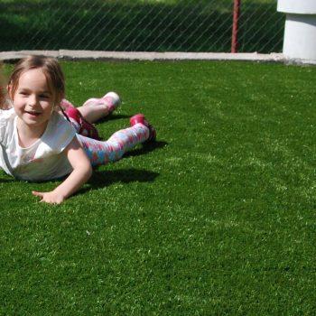 sztuczna trawa ogrod