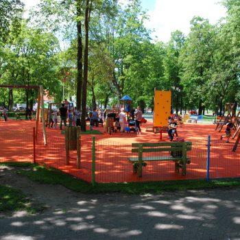 Plac zabaw Aleksandrów